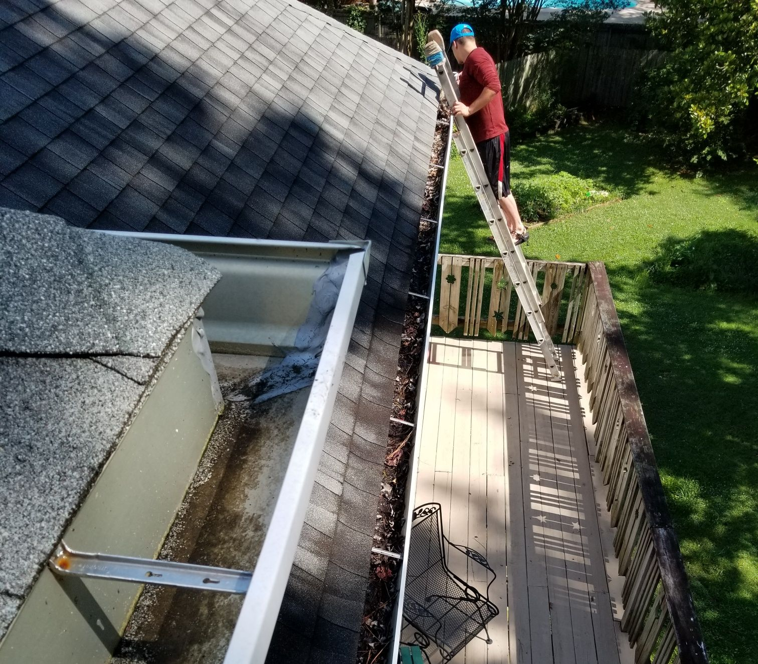 Professional Gutter Cleaner